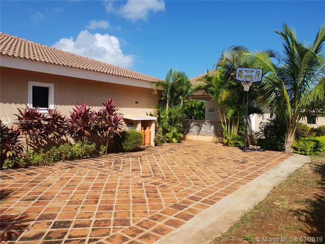 877 Casa Linda, Other County - Not In Usa, DR  (MLS #A10638779) :: EWM Realty International