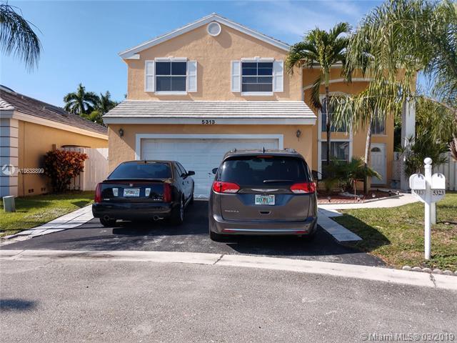5313 NW 53rd Cir, Coconut Creek, FL 33073 (MLS #A10638899) :: The Paiz Group