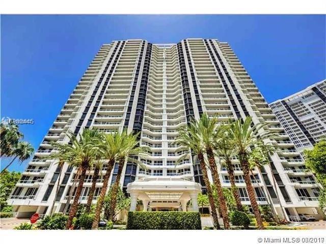 21055 Yacht Club Dr #3202, Aventura, FL 33180 (MLS #A10638903) :: Green Realty Properties