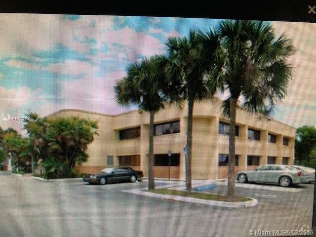 6894 Lake Worth Rd, Lake Worth, FL 33467 (MLS #A10639160) :: The Paiz Group