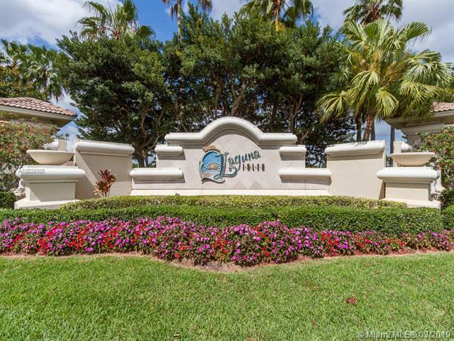 6104 SW 192nd Ave, Pembroke Pines, FL 33332 (MLS #A10639366) :: The Teri Arbogast Team at Keller Williams Partners SW