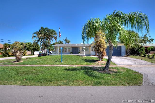 1831 50th Ave, Hollywood, FL 33021 (MLS #A10639585) :: The Paiz Group