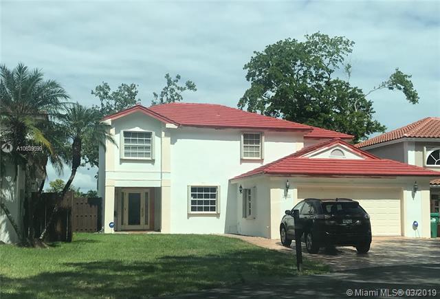4621 SW 147th Ct, Miami, FL 33185 (MLS #A10639599) :: The Riley Smith Group
