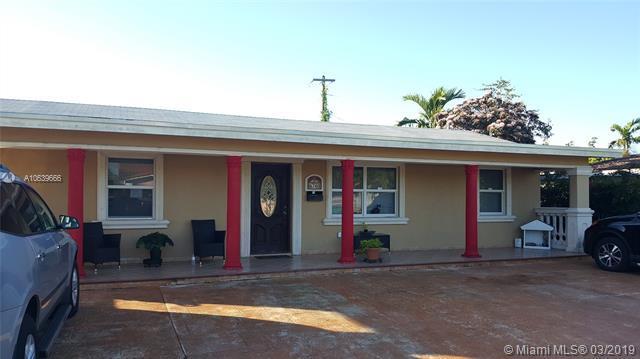 6740 SW 16th Ter, Miami, FL 33155 (MLS #A10639666) :: Berkshire Hathaway HomeServices EWM Realty