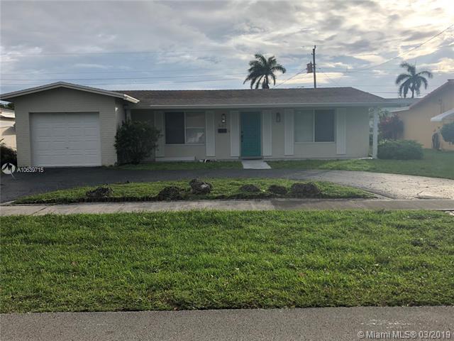 567 S Crescent Dr, Hollywood, FL 33021 (MLS #A10639715) :: EWM Realty International