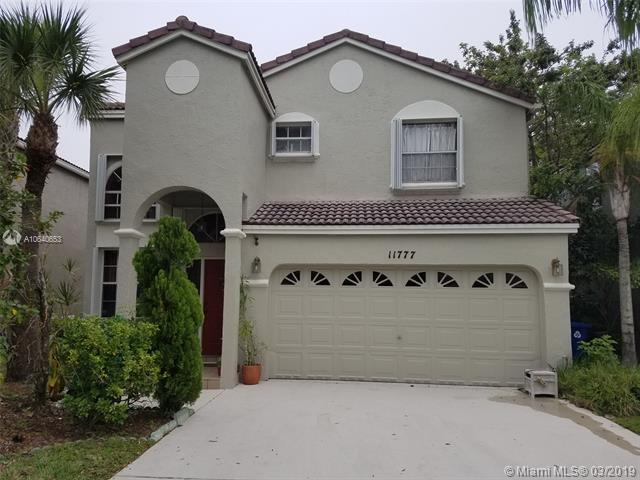 11777 NW 1st St, Coral Springs, FL 33071 (MLS #A10640653) :: The Paiz Group