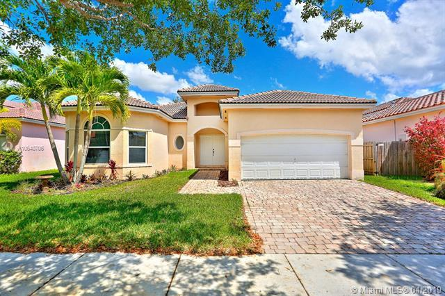 1741 SE 17th Ave, Homestead, FL 33035 (MLS #A10640706) :: The Paiz Group