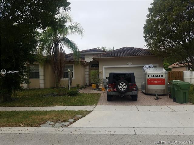 1212 NW 141st Ave, Pembroke Pines, FL 33028 (MLS #A10640807) :: EWM Realty International