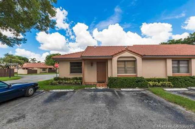 6117 NW 171st St #6117, Hialeah, FL 33015 (MLS #A10641342) :: The Riley Smith Group