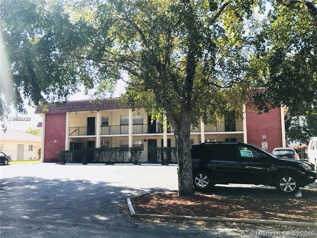8604 NW 35th St #102, Coral Springs, FL 33065 (MLS #A10641387) :: EWM Realty International