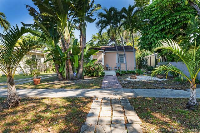 2355 Overbrook St, Coconut Grove, FL 33133 (MLS #A10641405) :: The Adrian Foley Group