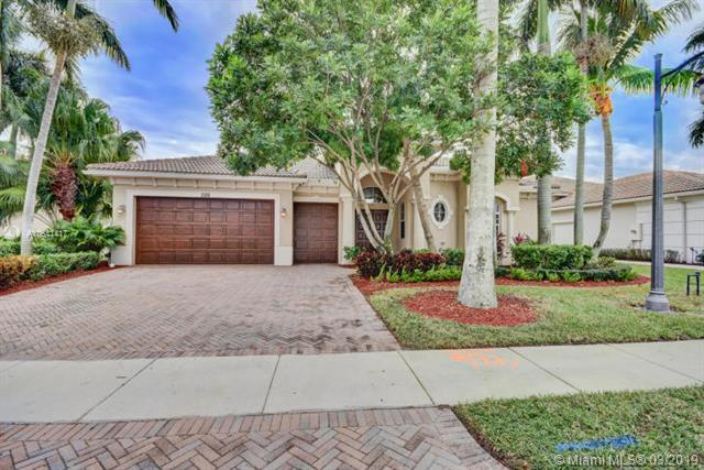 526 Les Jardin Drive, Palm Beach Gardens, FL 33410 (MLS #A10641417) :: The Brickell Scoop