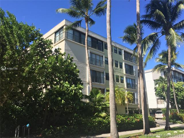 115 Sunrise Dr 3B, Key Biscayne, FL 33149 (MLS #A10641756) :: The Adrian Foley Group