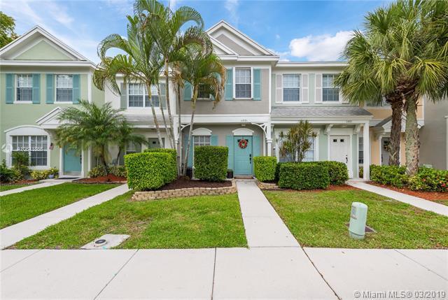 11031 Tarpon Bay Ct, Tamarac, FL 33321 (MLS #A10641866) :: Green Realty Properties