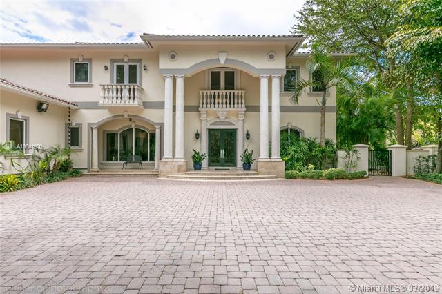 6680 SW 96th St, Pinecrest, FL 33156 (MLS #A10641925) :: The Maria Murdock Group