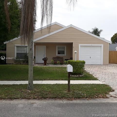7872 Bishopwood, Lake Worth, FL 33467 (MLS #A10642011) :: The Riley Smith Group