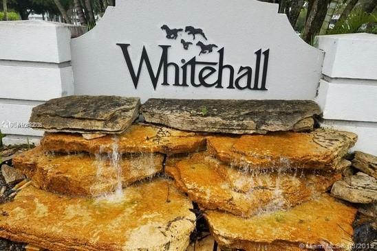 1512 Whitehall Dr #403, Davie, FL 33324 (MLS #A10642035) :: The Riley Smith Group