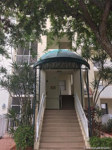 10750 NW 66th St #201, Doral, FL 33178 (MLS #A10642154) :: Berkshire Hathaway HomeServices EWM Realty