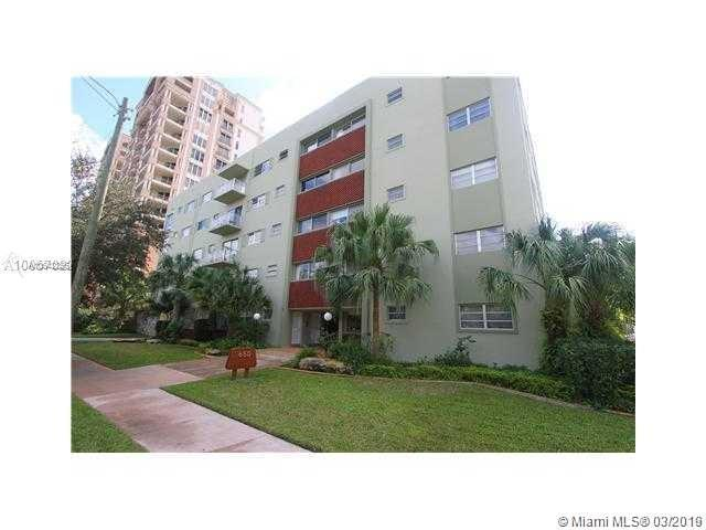 650 Coral Way #507, Coral Gables, FL 33134 (MLS #A10642356) :: The Maria Murdock Group