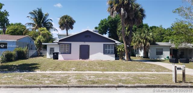 1005 Mayflower Rd, Fort Pierce, FL 34950 (MLS #A10642534) :: The Brickell Scoop
