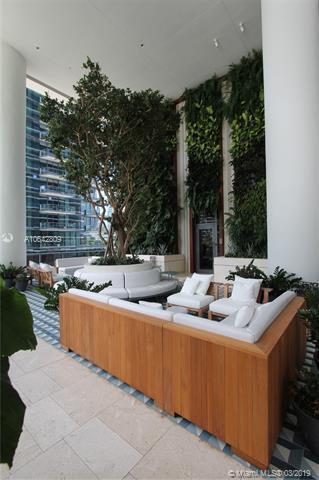 Miami, FL 33130 :: The Maria Murdock Group