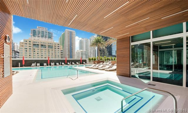 1080 Brickell Ave #4205, Miami, FL 33131 (MLS #A10642912) :: The Adrian Foley Group