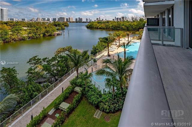 16385 Biscayne Blvd #1405, North Miami, FL 33160 (MLS #A10643151) :: The Kurz Team