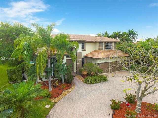 502 NW 118th Ter, Coral Springs, FL 33071 (MLS #A10643185) :: The Paiz Group