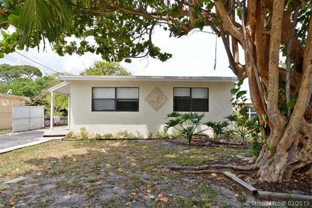 841 SW 14th St, Pompano Beach, FL 33060 (MLS #A10643327) :: RE/MAX Presidential Real Estate Group