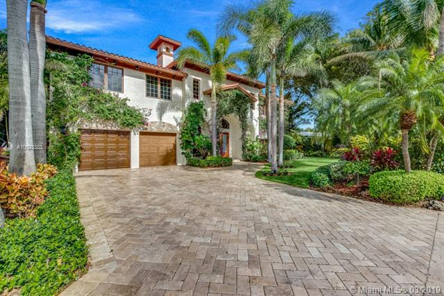 2719 NE 19th St, Fort Lauderdale, FL 33305 (MLS #A10643383) :: The Riley Smith Group