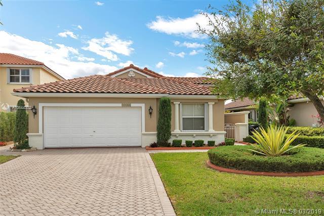 13466 SW 144th Ter, Miami, FL 33186 (MLS #A10644302) :: Prestige Realty Group