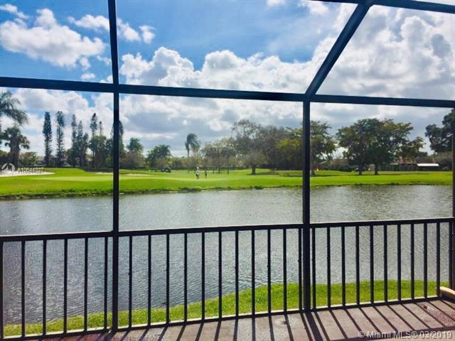 10850 S Golfview Dr #10850, Pembroke Pines, FL 33026 (MLS #A10644327) :: Lucido Global