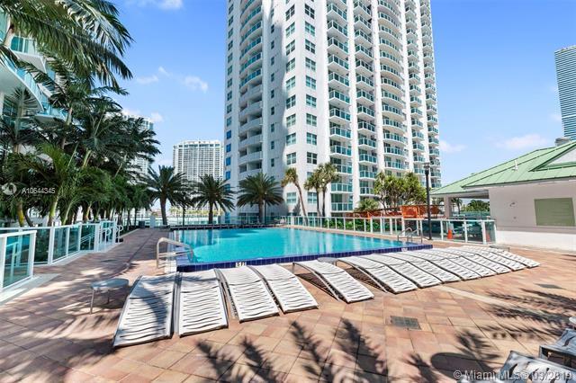 41 SE 5th St #401, Miami, FL 33131 (MLS #A10644345) :: Prestige Realty Group