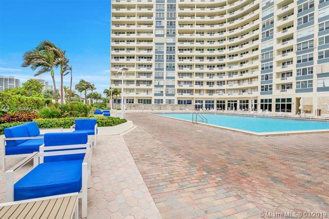 3180 S Ocean Dr #201, Hallandale, FL 33009 (MLS #A10644468) :: The Adrian Foley Group
