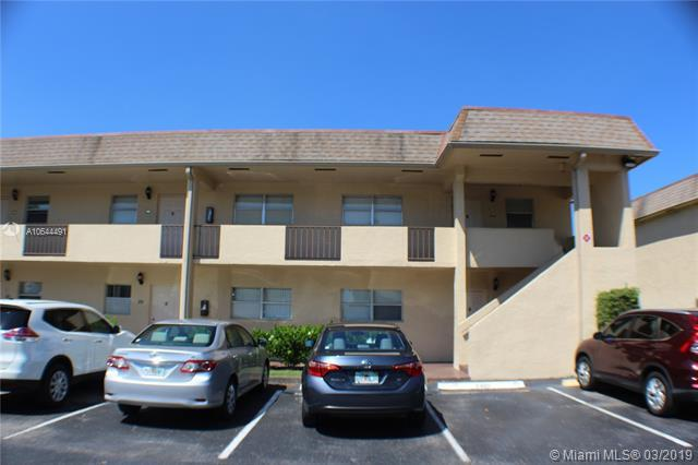 7401 NW 85th St #107, Tamarac, FL 33321 (MLS #A10644491) :: The Paiz Group