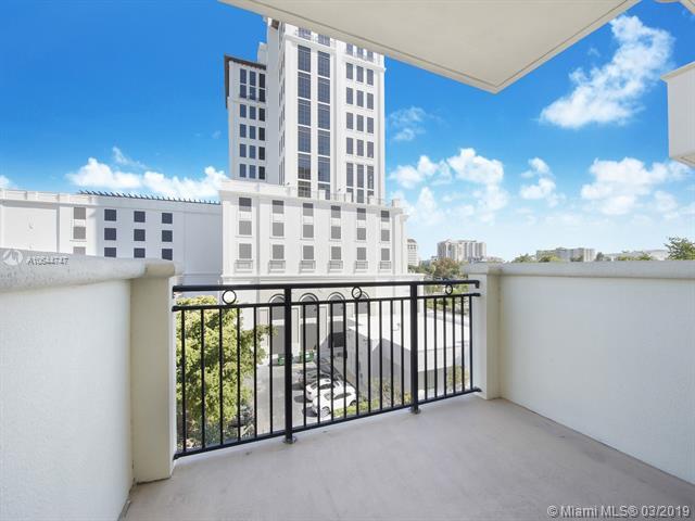 1300 Ponce De Leon Blvd #401, Coral Gables, FL 33134 (MLS #A10644747) :: The Paiz Group