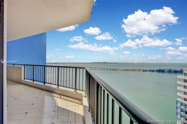 1581 Brickell Ave Ph-105, Miami, FL 33129 (MLS #A10644847) :: The Maria Murdock Group