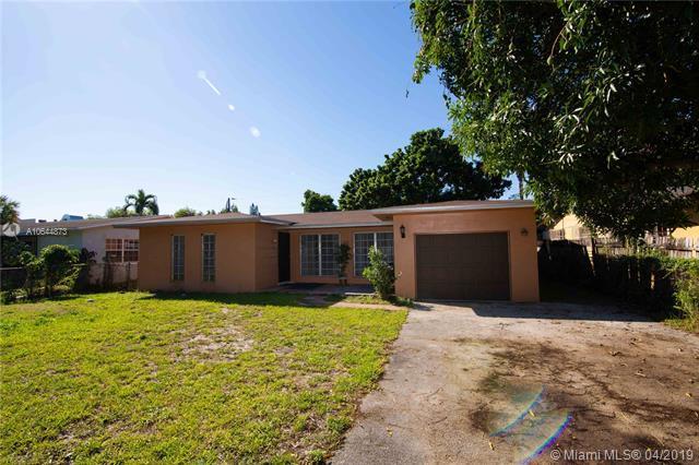 530 NE 165th St, Miami, FL 33162 (MLS #A10644873) :: RE/MAX Presidential Real Estate Group