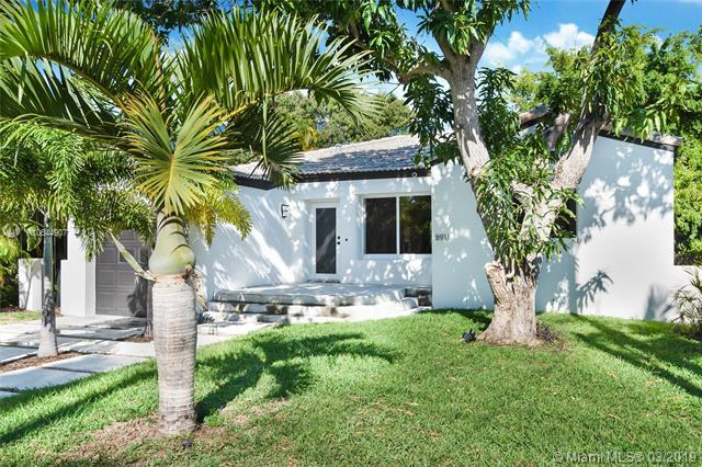 8911 Hawthorne Ave, Surfside, FL 33154 (MLS #A10644907) :: The Brickell Scoop
