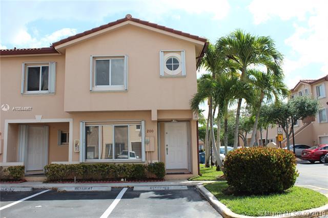 200 Riviera Cir, Weston, FL 33326 (MLS #A10644967) :: The Teri Arbogast Team at Keller Williams Partners SW