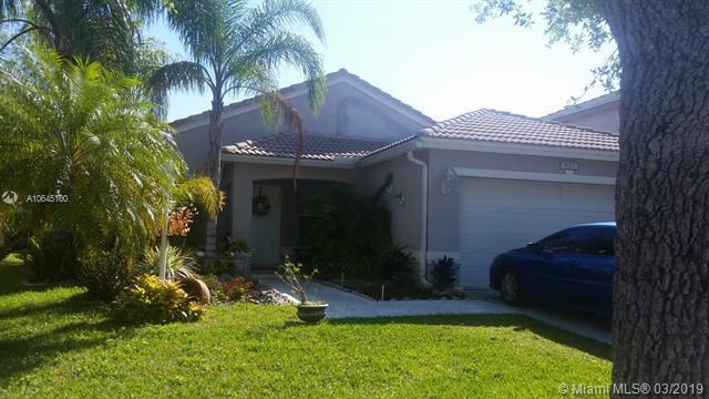 1627 NW 144th Way, Pembroke Pines, FL 33028 (MLS #A10645100) :: The Teri Arbogast Team at Keller Williams Partners SW