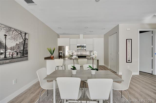 1608 SW 4th Avenue, Fort Lauderdale, FL 33315 (MLS #A10645249) :: Berkshire Hathaway HomeServices EWM Realty