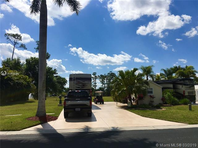 3046 Gray Eagle Pkwy, Other City - In The State Of Florida, FL 33935 (MLS #A10645369) :: Prestige Realty Group