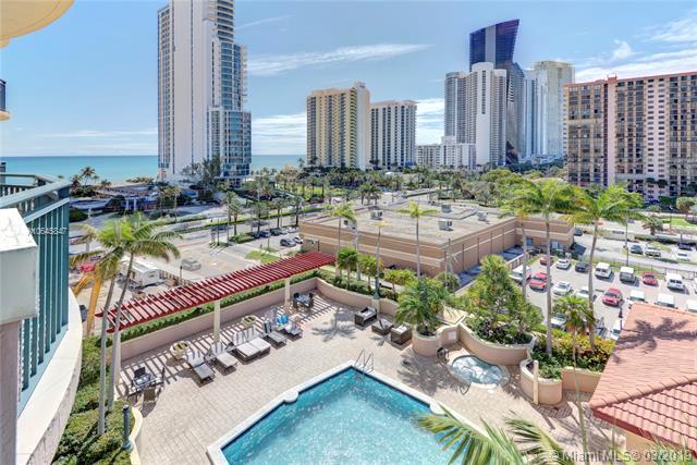 17555 Atlantic Blvd #902, Sunny Isles Beach, FL 33160 (MLS #A10645847) :: Castelli Real Estate Services