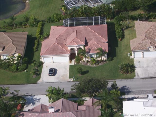 2620 Fairways Dr, Homestead, FL 33035 (MLS #A10646699) :: Grove Properties