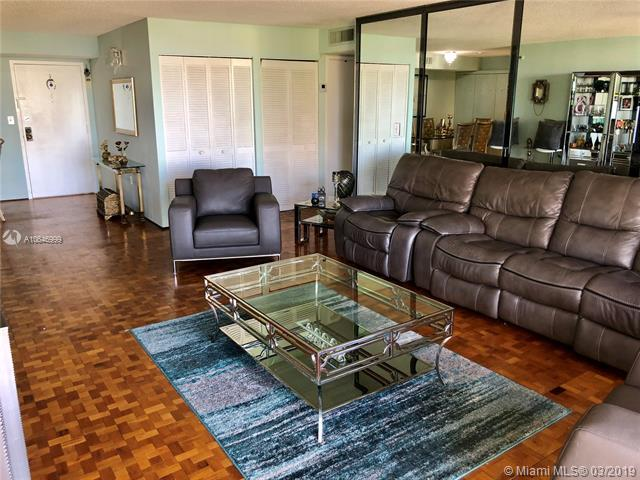 210 174th St #510, Sunny Isles Beach, FL 33160 (MLS #A10646999) :: Laurie Finkelstein Reader Team