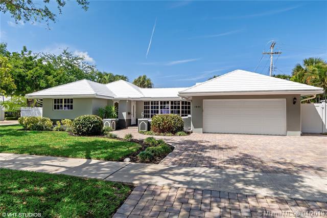 1931 NE 60th St, Fort Lauderdale, FL 33308 (MLS #A10648363) :: The Paiz Group