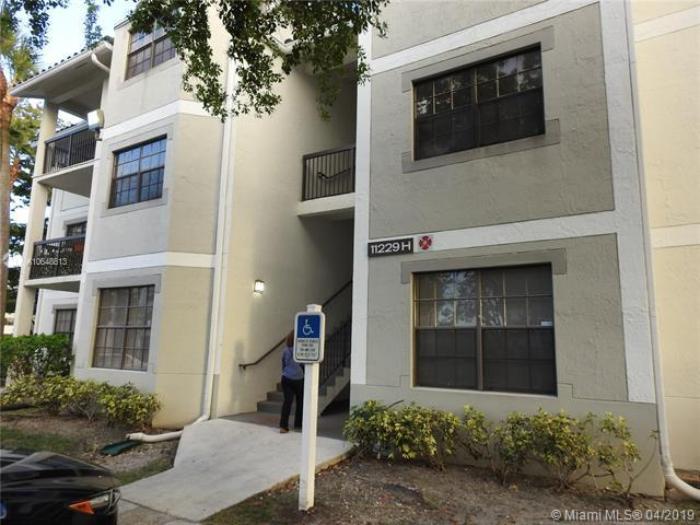 11229 W Atlantic Blvd #308, Coral Springs, FL 33071 (MLS #A10648613) :: The Paiz Group
