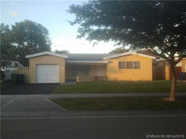 7829 Miramar Pkwy, Miramar, FL 33023 (MLS #A10648623) :: Green Realty Properties
