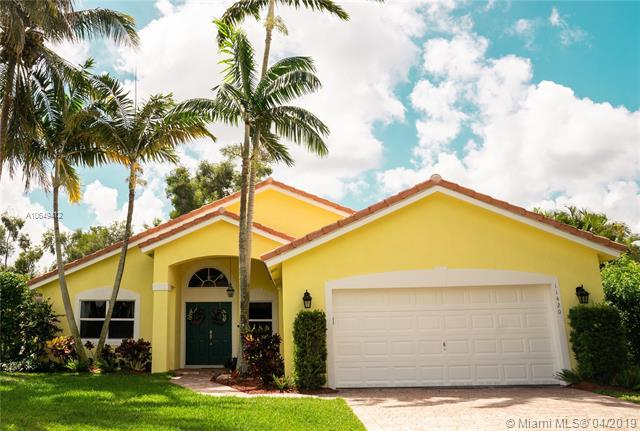 11420 NW 26th St, Plantation, FL 33323 (MLS #A10649412) :: The Brickell Scoop
